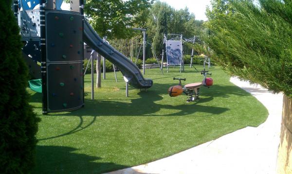 Kunstrasen für Spielflächen